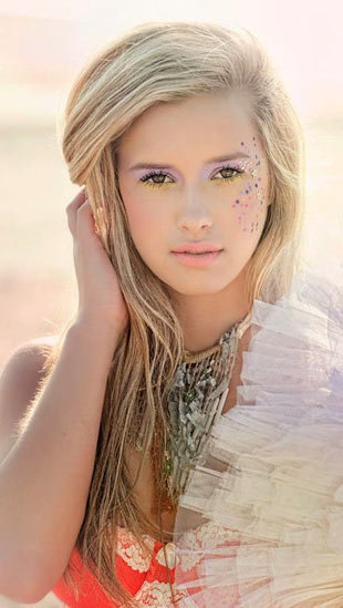 Imagen de modelo de adolescente legal
